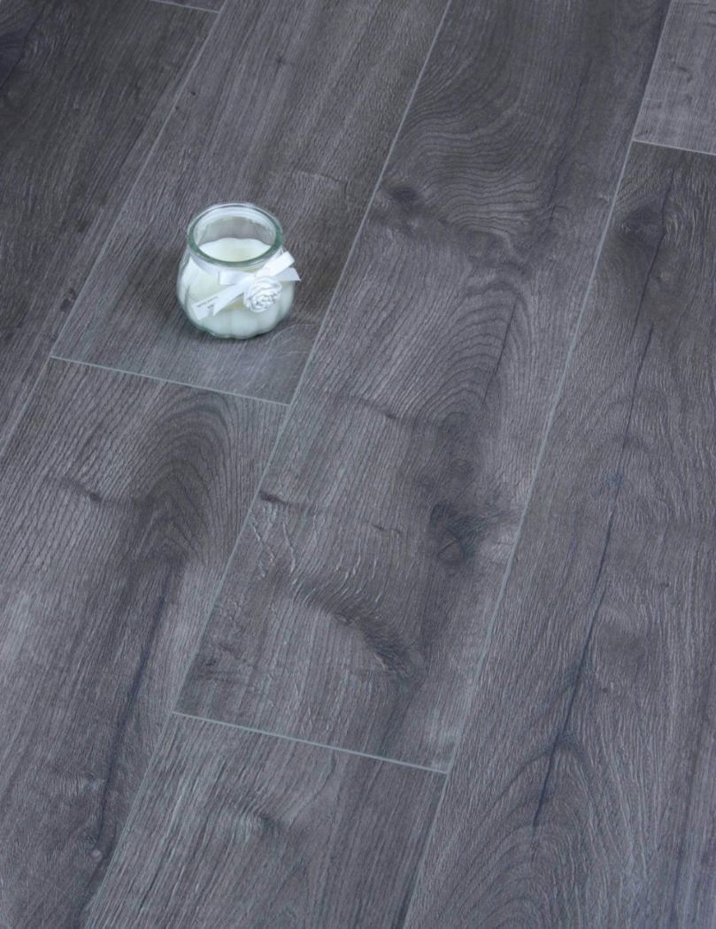 Egger Grey Loja Oak Laminate floor