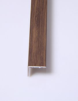 Walnut 20mm Angle 2400mm