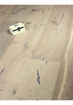 Wide plank Distressed grey Oak