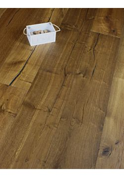 Wide plank Distressed Smoked Oak