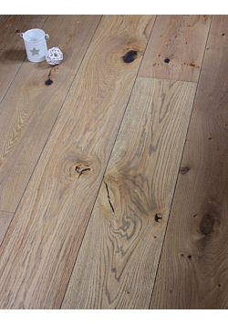 Austen Oak Wood Flooring