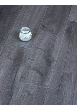 Egger Grey Loja Oak Laminate floor