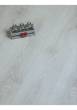 Wilson White Oak Laminate Flooring